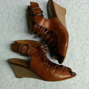 💥HOST PICK💥  Aldo brown leather sandals 38